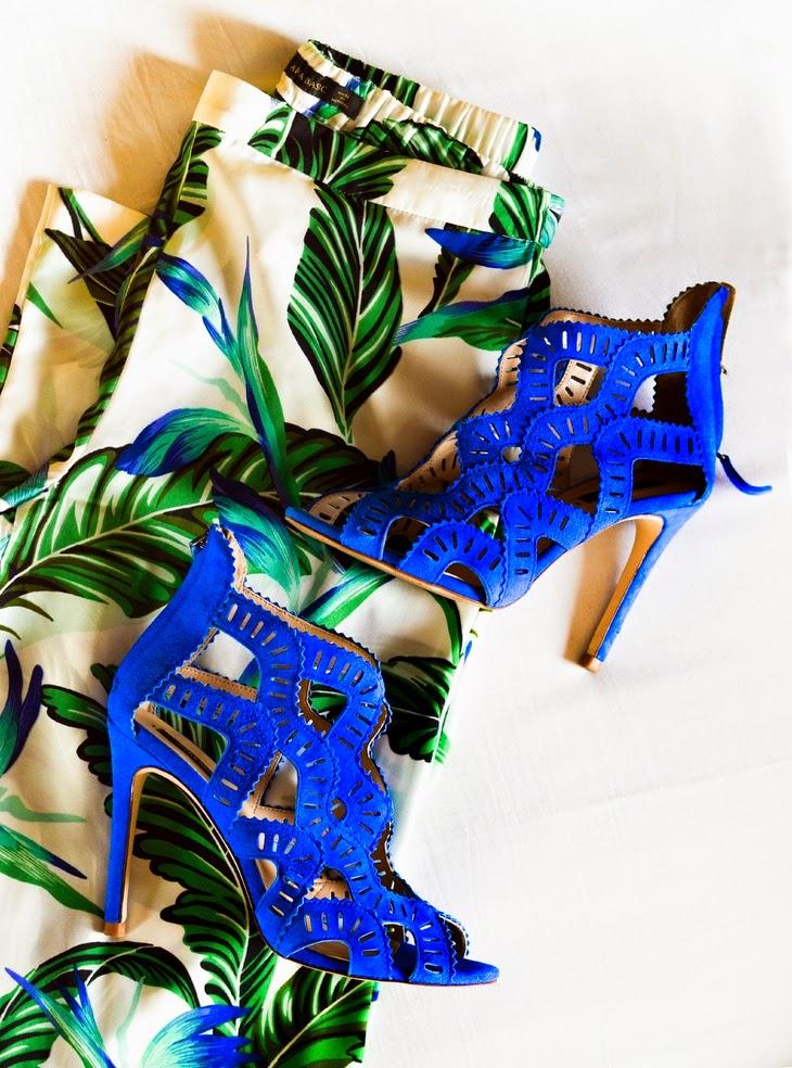 saldi estate 2014 sconti ribassi rebajas offerte haul saldi cosa comprare durante saldi favorite stores to shop summer sales 2014 Zara Flowy Wide Trousers with Leaf Print Zara Electric Blue Criss Cross Suede Sandals Elle Vogue thesparklingcinnamon