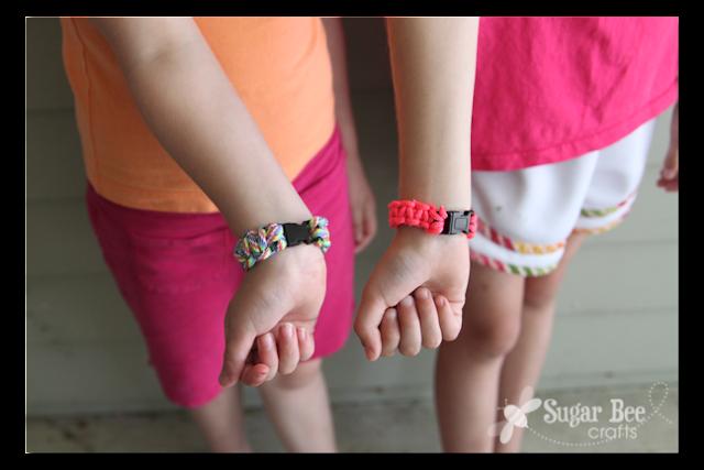 paracord+survival+bracelet.png
