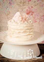 Ruffle Vintage Smash Cake, picture courtesy of Emily Jones