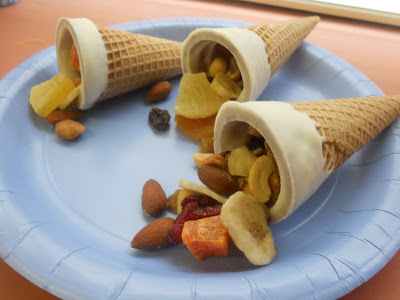 Fun fruit Cornucopias from hezzi-D's Books and Cooks