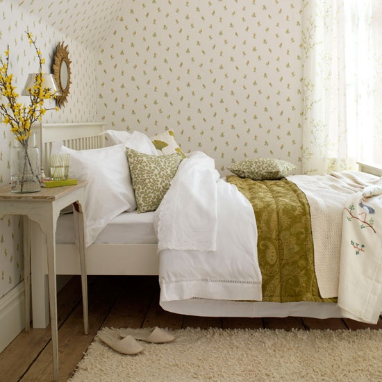 Wonderful Spring-Inspired Bedroom Decorating Ideas
