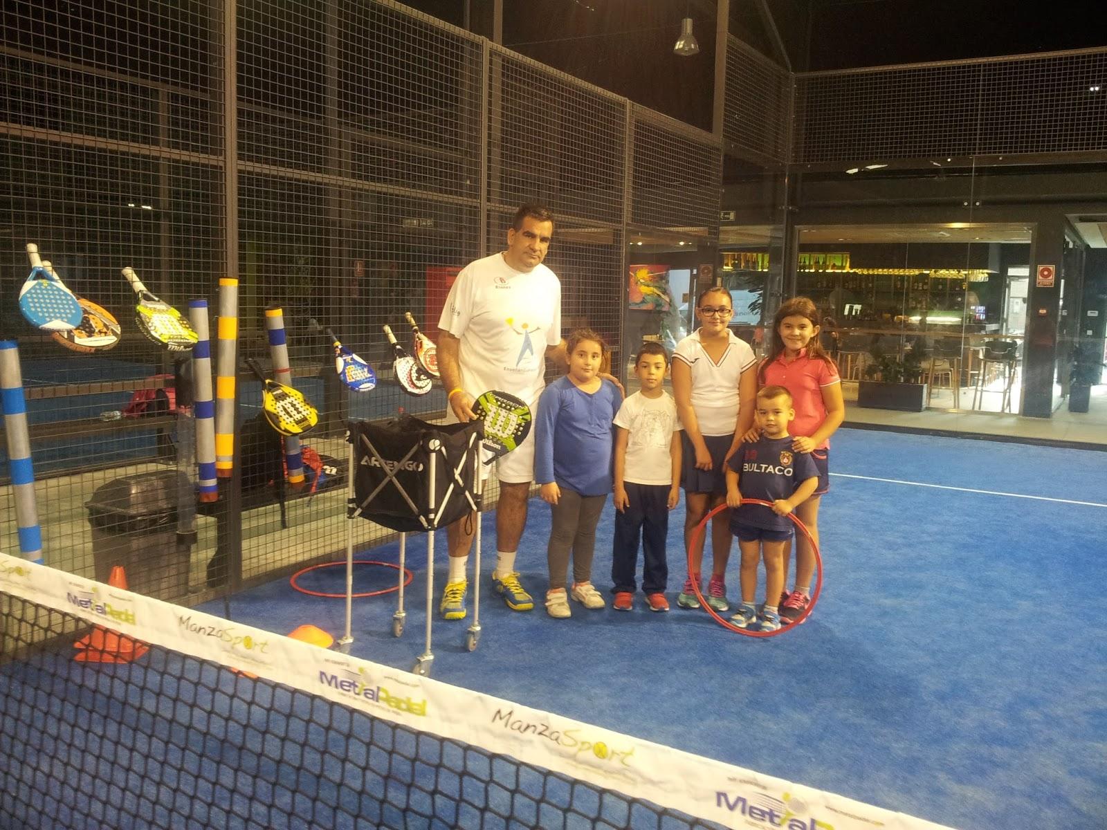 Algunos de los niños que tenemos en la Escuela de Élite Pádel Club Indoor
