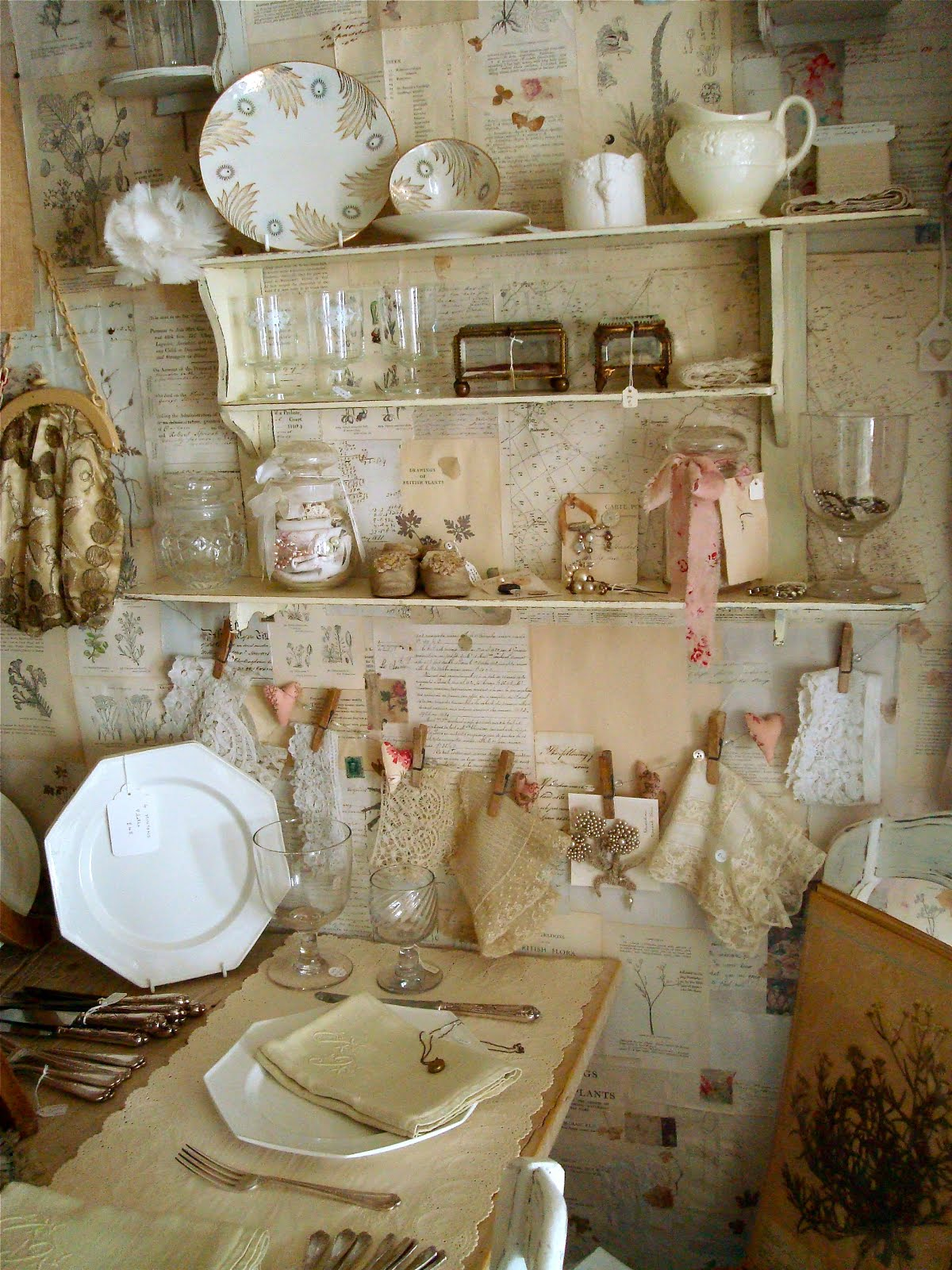THE SUMMER COUNTRY BROCANTE