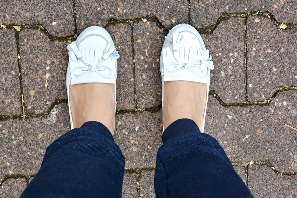White shoes, white loafers, weiße Schuhe