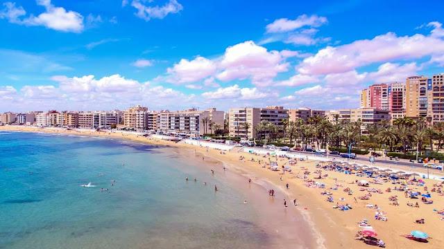 Жилая недвижимость в Испании на побережье Коста Бланка