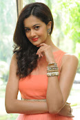 Subhra Ayyappa latest photos-thumbnail-12