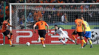 APOEL Nicosia 0 - 2 Shakthar Donetsk (2)