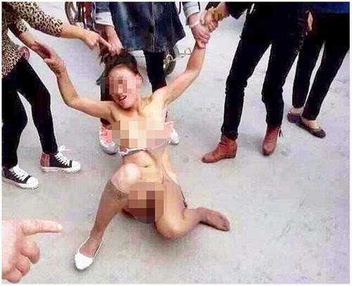 Foto Wanita Simpanan Dib0g3lkan Oleh 4 Wanita Misteri di China