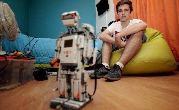 Jorge Matias, Robótica, Jovem Génio