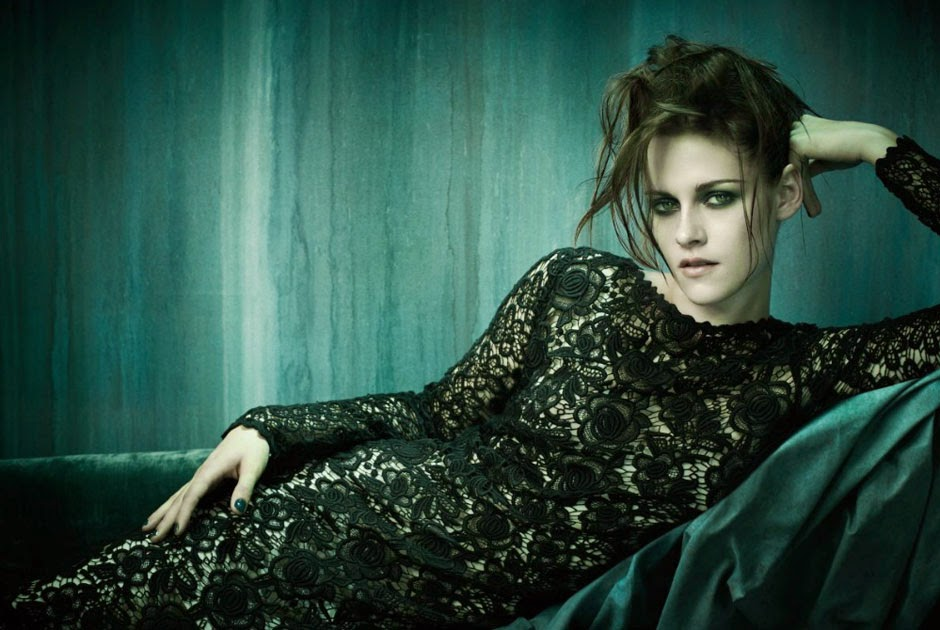 Kristen-Stewart-Dallas-Chanel-Talestrip