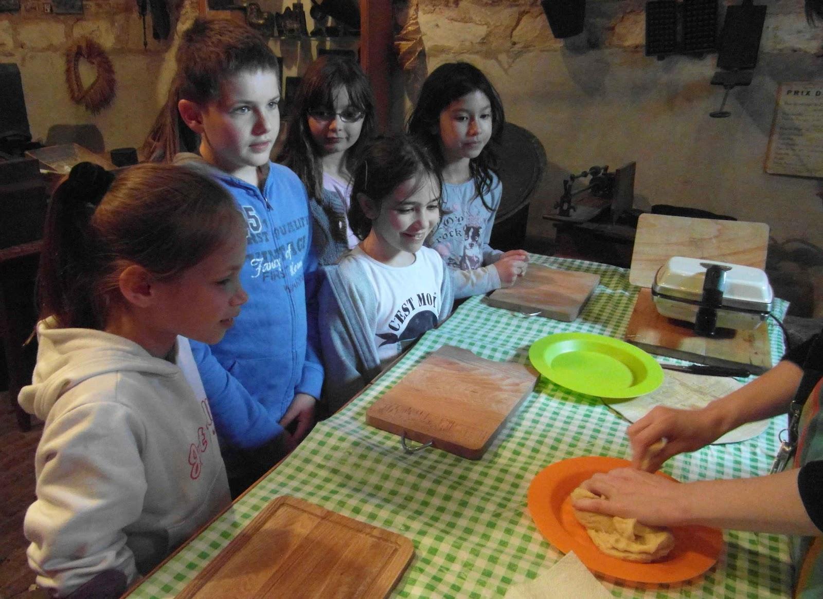 Ecole yann arthus bertrand cysoing mus e du terroir for Cuisine villeneuve d ascq
