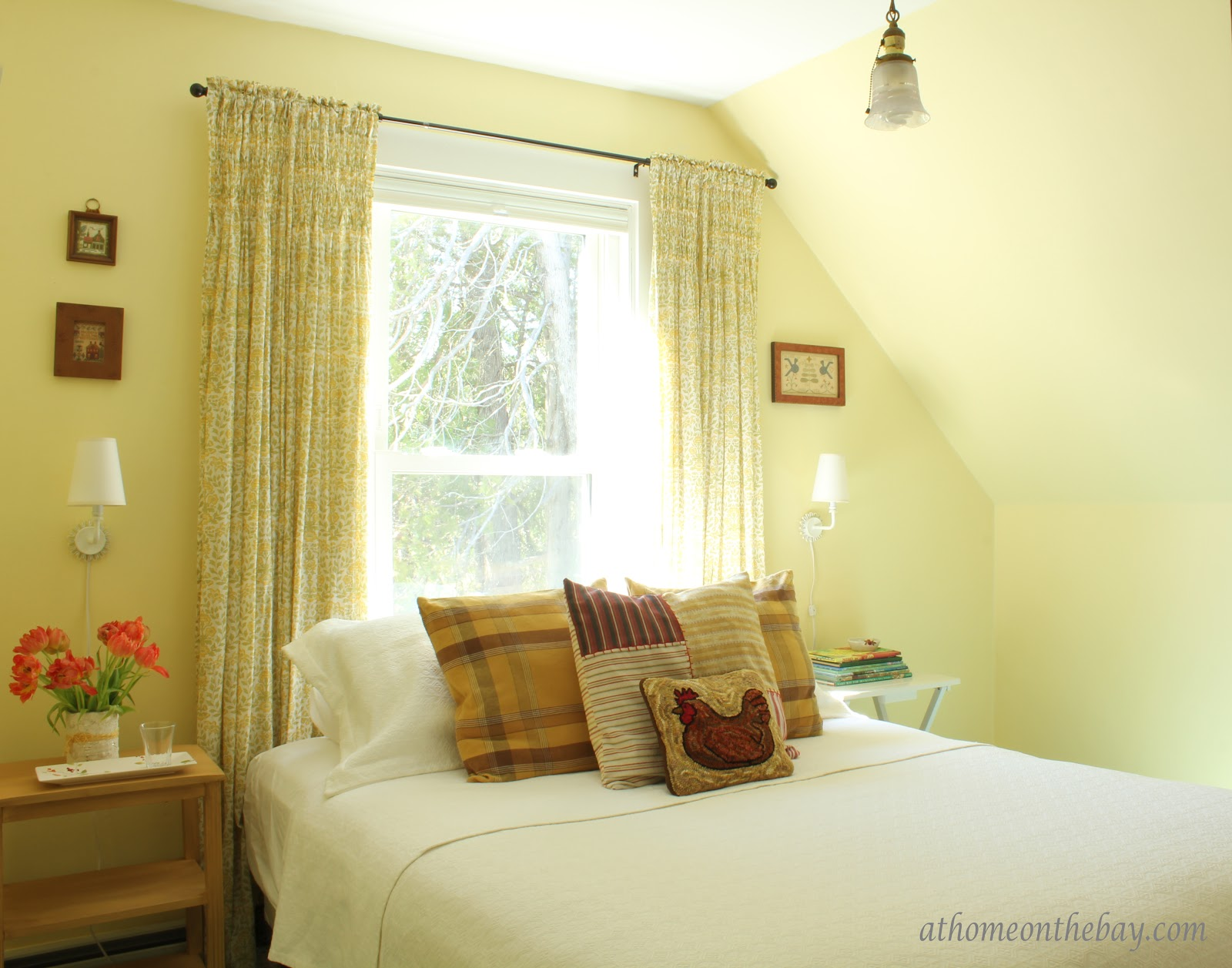 Guest Bedroom - At Home on the Bay title=