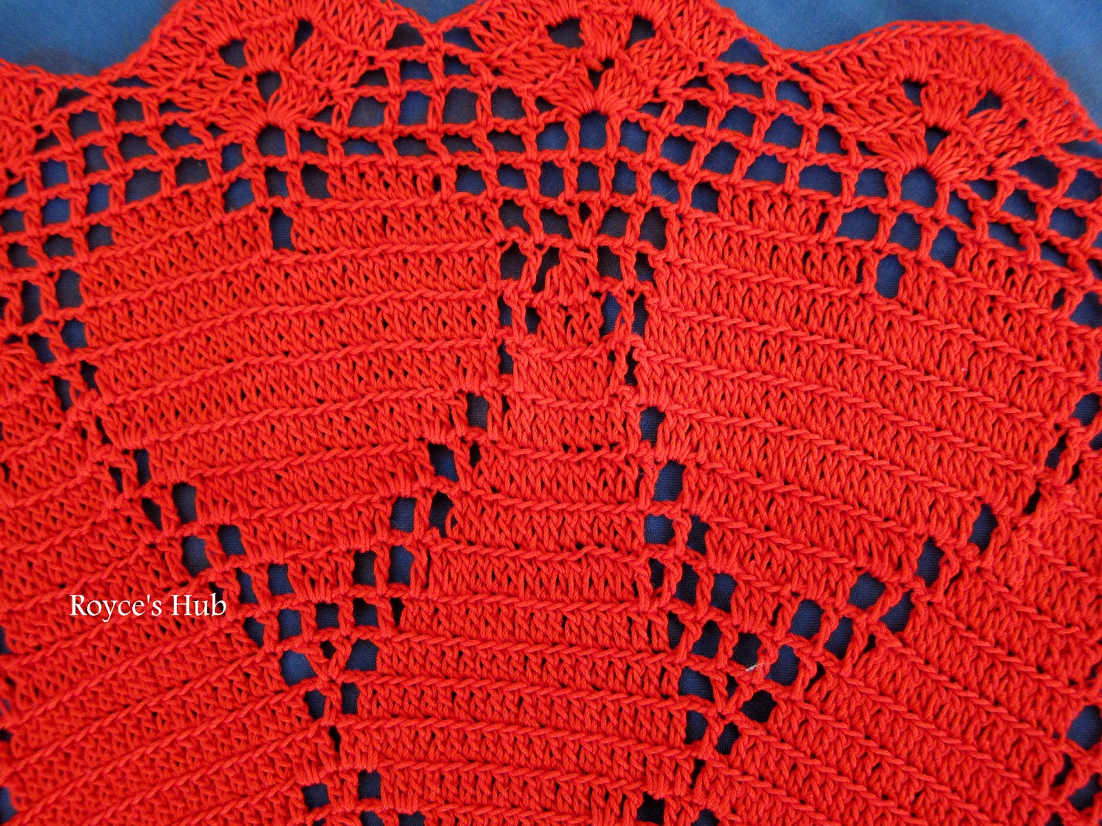 Royces hub filet crochet heart doily you can find the free pattern for this doily here bankloansurffo Images