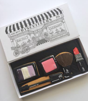 Biscuiteers Make Up Case Giant Biscuit Card