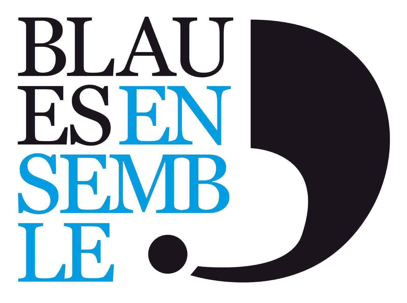 Blaues Ensemble