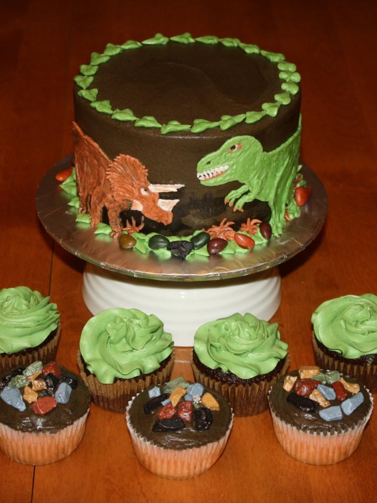 Dinosaur Train Themed Cakes