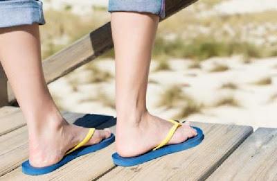 Waktu Yang Tidak Dianjurkan Memakai Sandal Jepit