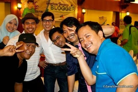 sepetang bersama blogger dan yeos 2014, sepetang bersama blogger 2014, majlis sepetang bersama blogger dan yeos 2014, sejarah sepetang bersama blogger,