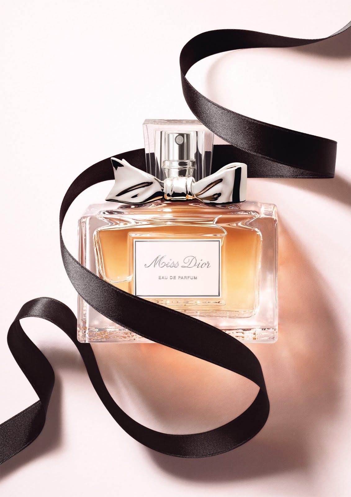 Le Perfume: Miss Dior