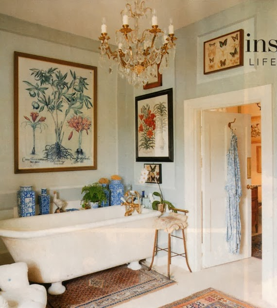 Beautiful bathroom . . . .