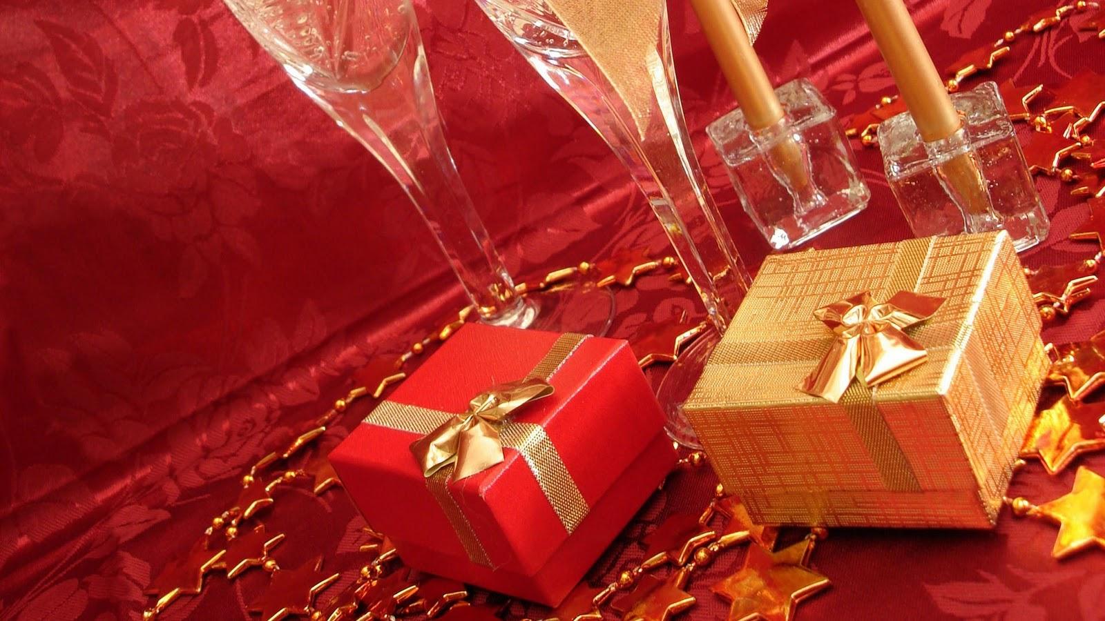 http://3.bp.blogspot.com/-C8CWU9M7LXE/ULT8ZWg3-zI/AAAAAAAAC14/yrp02HLlcj8/s1600/Beautiful-hd-christmas-wallpapers-free-christmas-wallpaper-3.jpg