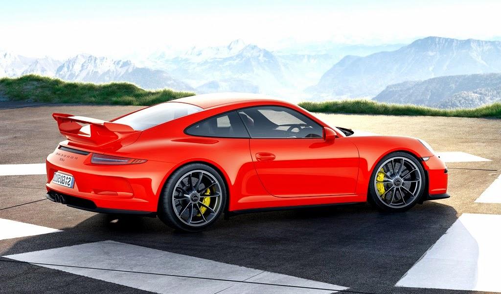 2014 Porsche 911 GT3 Front Wallpaper
