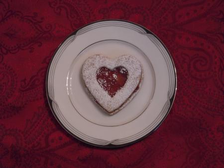 Gluten-Free Book Club: Gluten-Free Valentine Shortbread Cookies