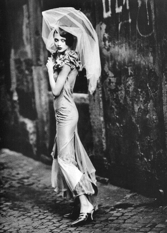 """Shalom Harlow in """"Les extravagances de John Galliano""""   Vogue Paris February 1993 (photography: Ellen von Unwerth, styling: Joe McKenna)"""