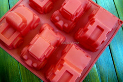 SILICONE CAR MOLD