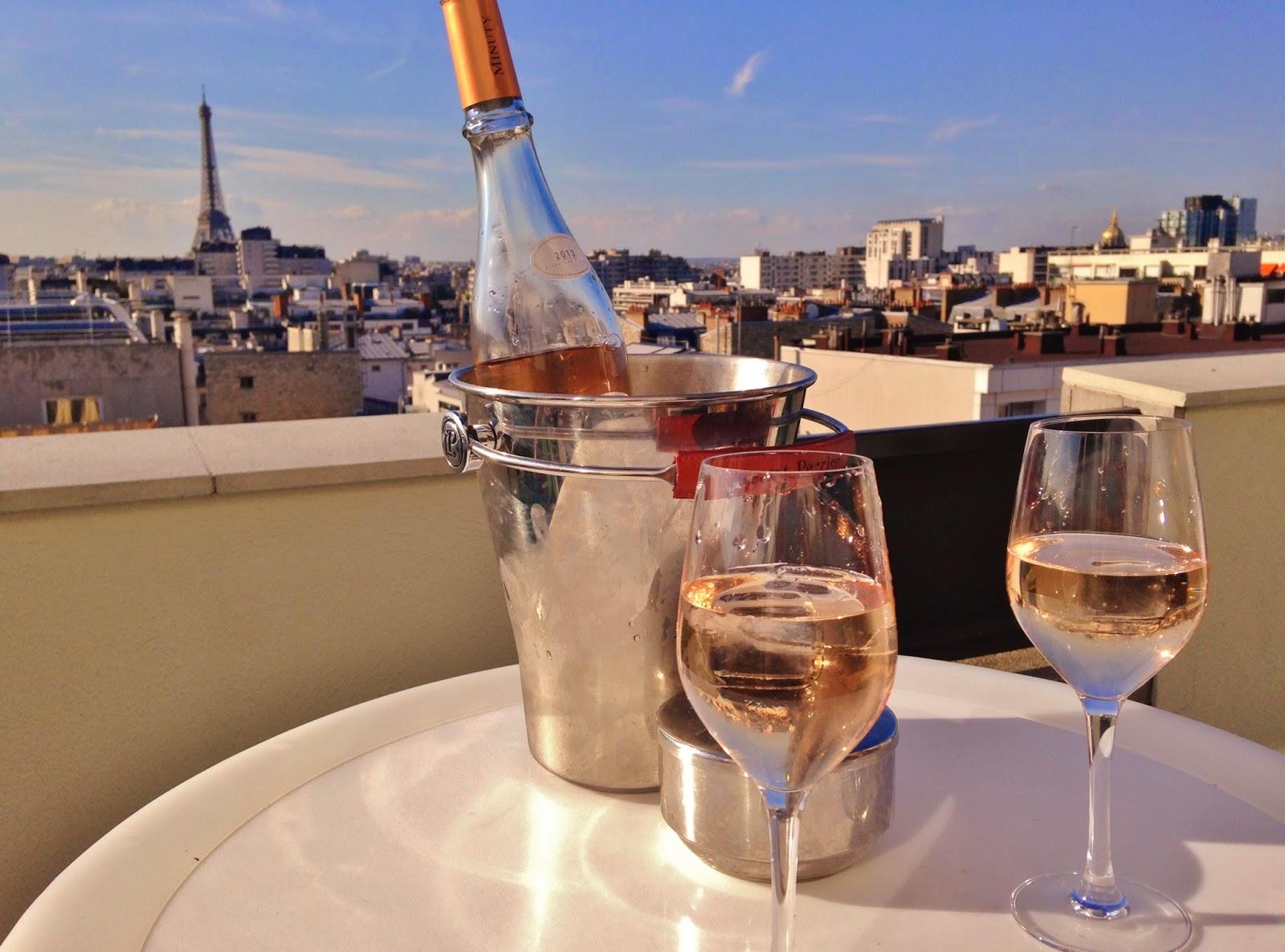 bouche à bouches: lounge bar view novotel, le rooftop ...