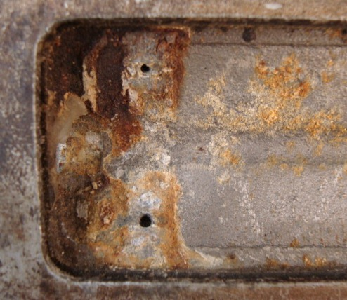 how to clean oxidized metal