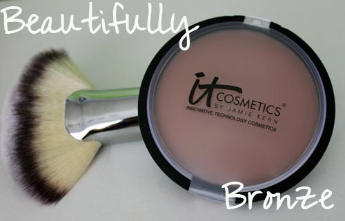 It Cosmetics Vitality Glow Anti-Aging Matte Bronzer w/Fan Brush