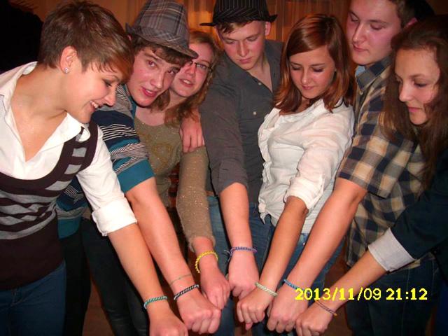 mali dom narukvice prijateljstva friendship bracelets fra Miro Babić misija Afrika Lun Mla