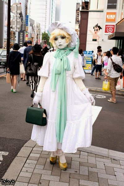http://tokyo-fashion.tumblr.com/post/91952521918/japanese-shironuri-artist-minori-on-the-street-in