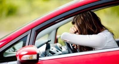 Cara mengatasi mabuk perjalanan darat saat naik mobil