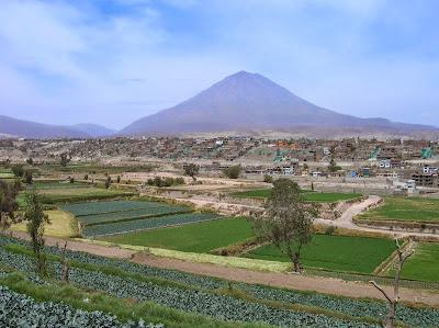 Volcán Misti, Arequipa, Perú, La vuelta al mundo de Asun y Ricardo, round the world, mundoporlibre.com