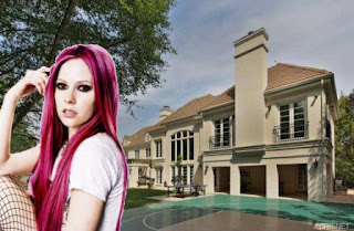 Picture tour of Avril Lavigne's New Sherman Oaks Mansion