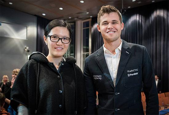CAMPEONES MUNDIALES 2016 Hou Yifan y Magnus Carlsen