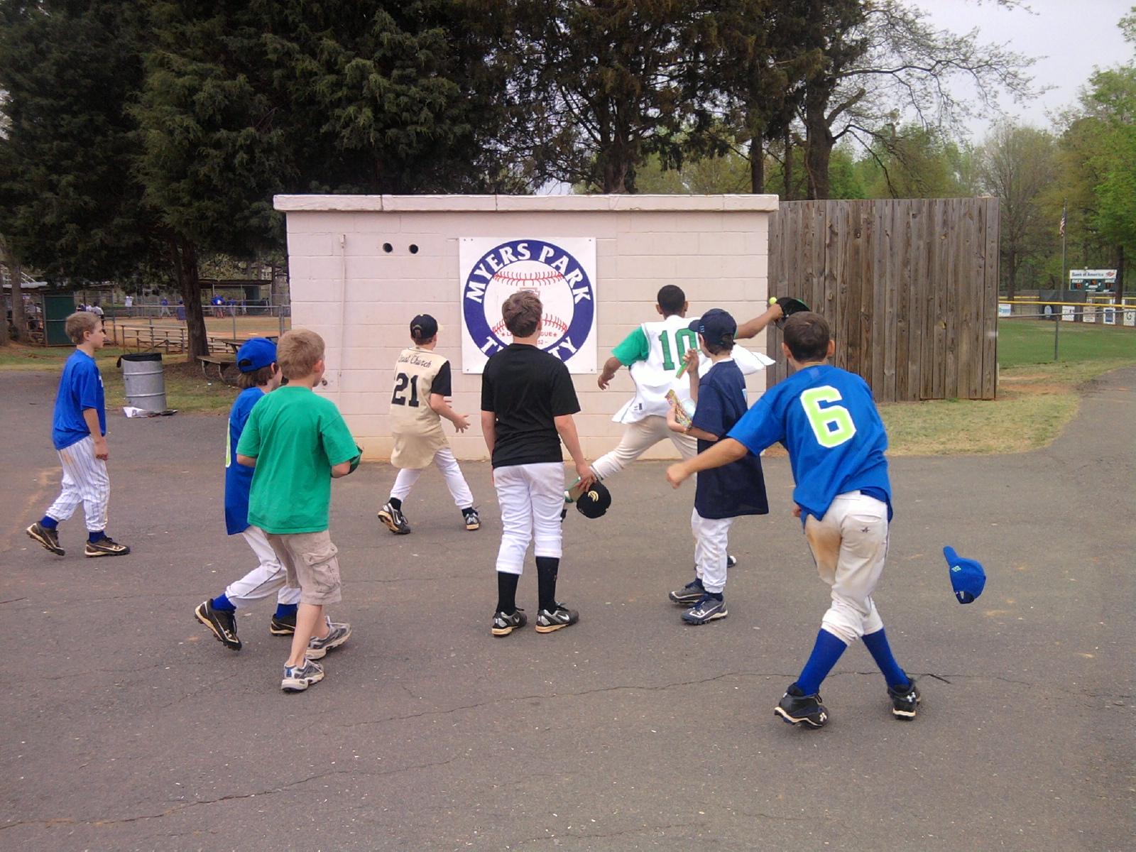Wall ball game