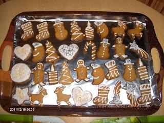 http://markakonyha.blogspot.hu/2012/12/mezeskalacs.html