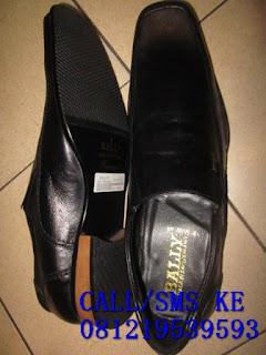 Silahkan belanja di fashionsepatu.com karna kami menyediakan berbagai merek sepatu yang berkwalitas  sepatu adidas climacool, sepatu asics tiger, sepatu converse clasic, sepatu converse slim, sepatu black master, sepatu crocs, sepatu caterboot, sepatu dc, sepatu freedperry, sepatu geox original, sepatu globe, sepatu nike sb, sepatu nike 6,0, sepatu stefan janoski, sepatu nike presto, sepatu nike tennis, sepatu adidas running, sepatu ad sepatu kickers, sepatu macbeth brighton, sepatu macbeth machester, sepatu macbeth vegan, sepatu macbeth matthew, sepatu macbeth pendleton, sepatu Toms, sepatu reebok zigtech, sepatu ripcurl, sepatu puma ferrari, sepatu vans authentic, sepatu vans, sepatu zara, sepatu quicksilver, sepatu nike hyperdunk, sepatu futsal, sepatu adidas running, sepatu adidas adizero, sepatu kobe-7, sepatu nike air jordan, sepatu reebok zigwild, sepatu original, sepatu pantofel, sandal tompelo
