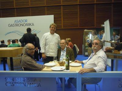 Luis Irizar en Gastronomika 2012. Vinos Comenge. Blog Esteban Capdevila
