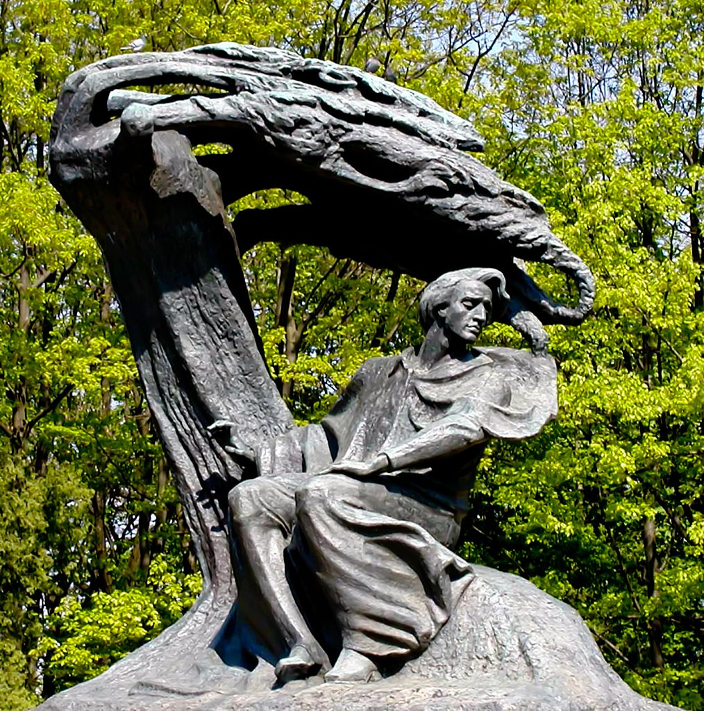 Chopin statue - Łazienki Park, Warsaw