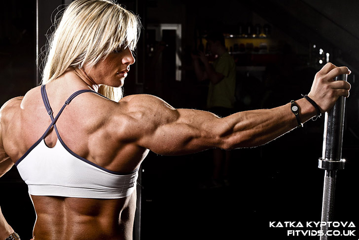 Katka Kyptova Shows Off Her Muscular Back And Arms
