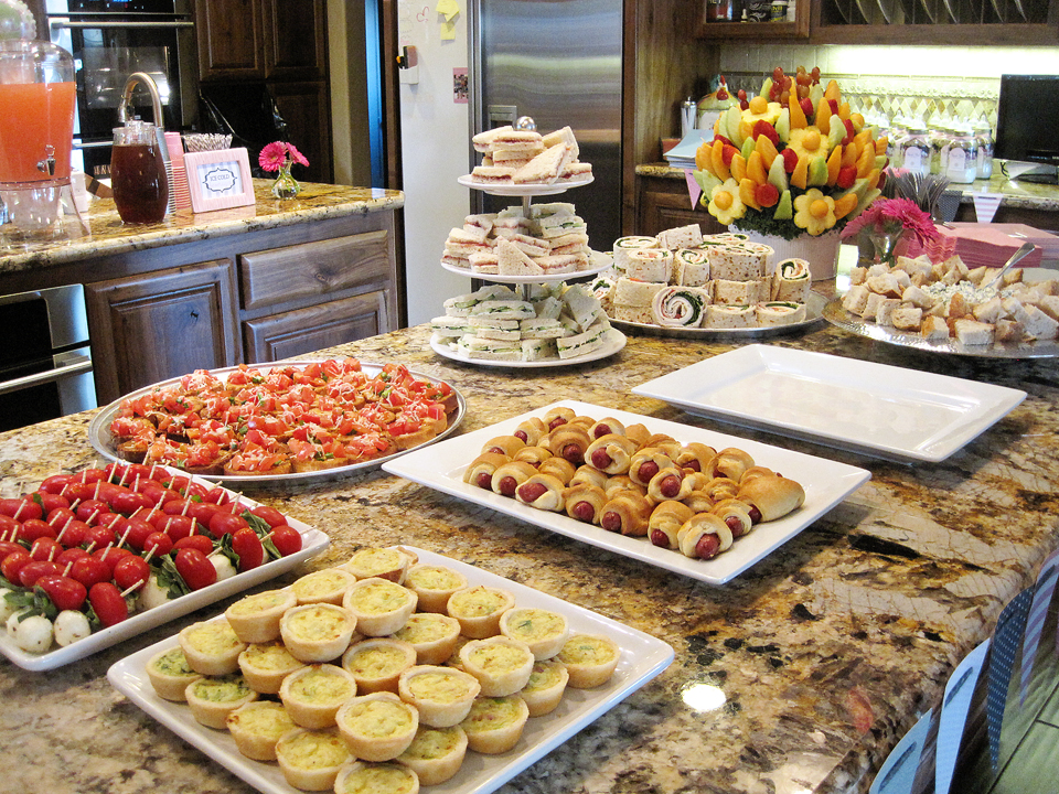 Foody baby shower food ideas for Food bar party ideas