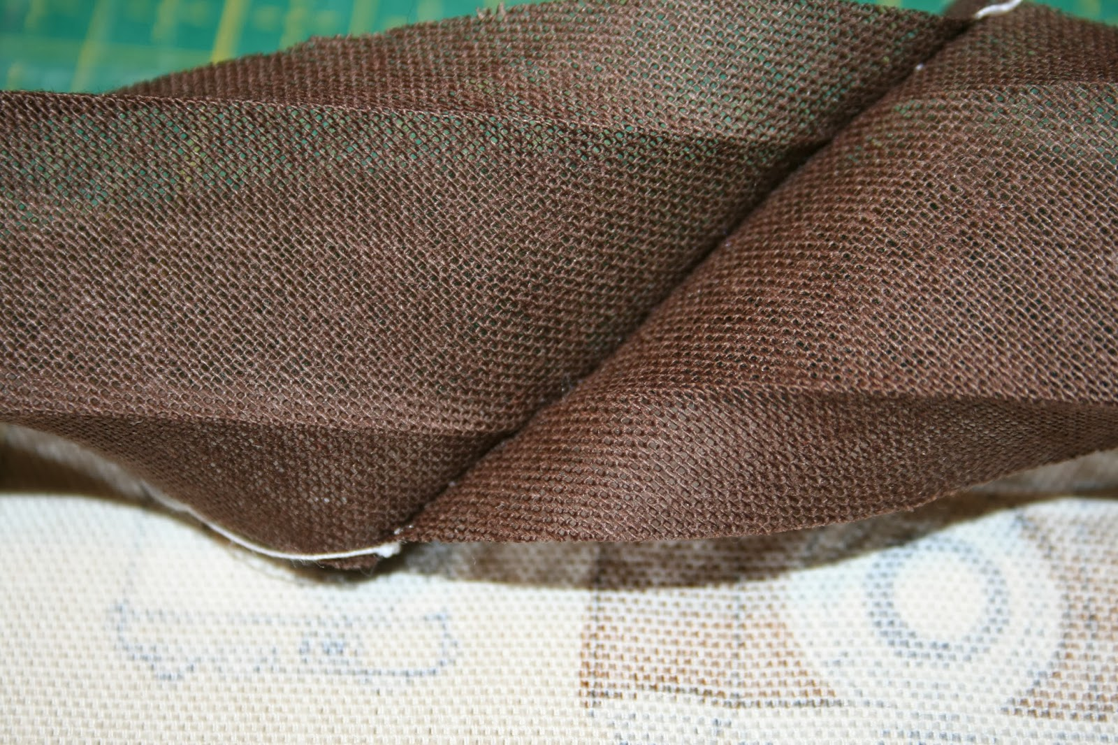 Stoffe Komplizen Anleitung Zum Schrägband Annähen