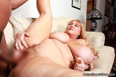 Samantha 38G_1892_2