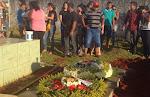 """Corpo de dançarina de funk morta no RJ é enterrado em Trindade, GO a filha. """"Vou sentir falta """"Perd"""