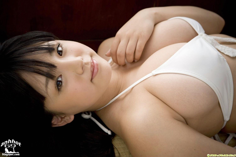 ai-shinozaki-00467658