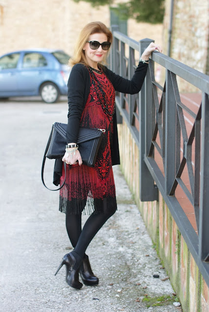 flapper dress, Zara clutch, beaded River Island dress, fashion and cookies, fashion blogger